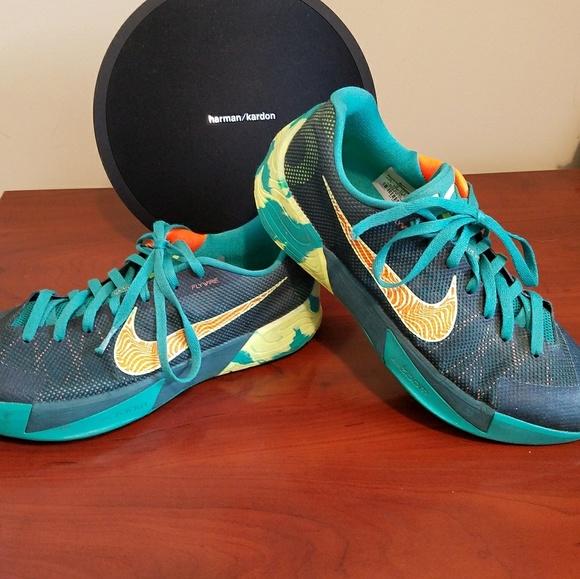 e012c3207d7b ... Nike KD Trey 5 ll 13 s. M 5b8c2dbfc9bf501e1a211678